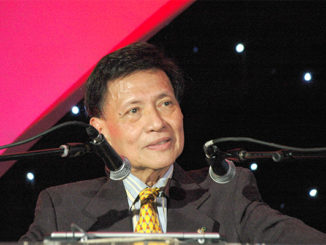 Max Soliven, publisher of the Philippine Star newspaper, at the 13th National Public Relations Congress in Manila on September 28, 2006. (Steve Lubetkin Photo)